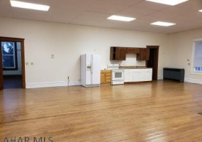 143 Main St, Woodbury, Bedford, Pennsylvania, United States 16695, ,Residential,For sale,Main St,1233